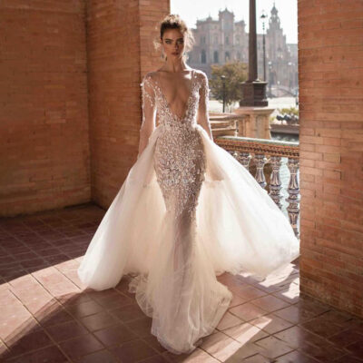 Mermaid Sexy V-Neck Backless Bohemian Bridal Gown Lace Long Sleeve Wedding Dress