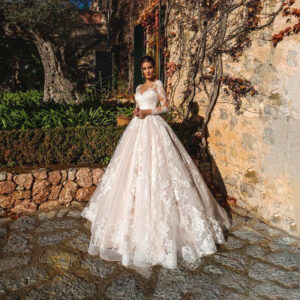 Luxury A-Line Bridal Gown Illusion Long Sleeves Lace Wedding Dress